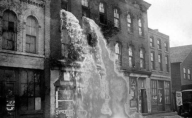 Chilling Historical Photos That Would Shock You - DirectExpose.com