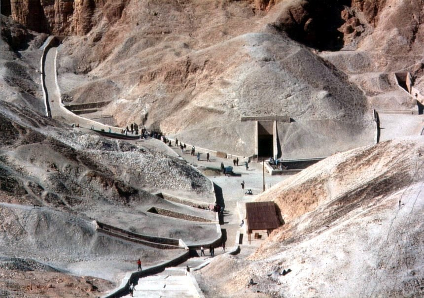 valley of the kings tomb tutankhamun discovery